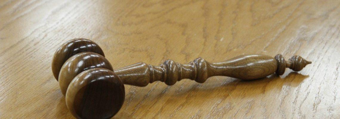 Les engrenages externes et internes de la justice